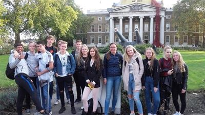Foto's van leerlingen havo 5 in London